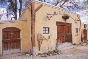 "A few miles north of Santa Fe lies Estrella Del Norte Vineyard, a quaint winery with a rich taste.  Richard and Eileen Reinders opened Estrella Del Norte in 2007 and have enjoyed the ""fruits of their labor"" ever since. [Photo by Ashley Hattle.]"